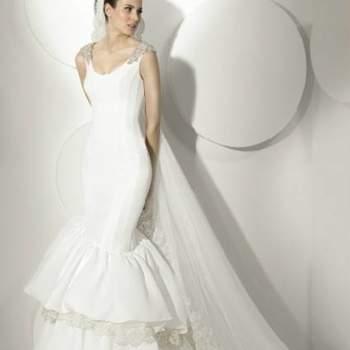 Robe de mariée top chic. Source : Franc Sarabia.