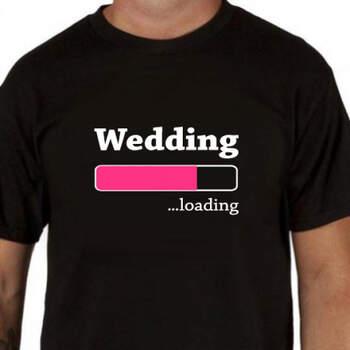Camiseta negra wedding loading para hombre- Compra en The Wedding Shop