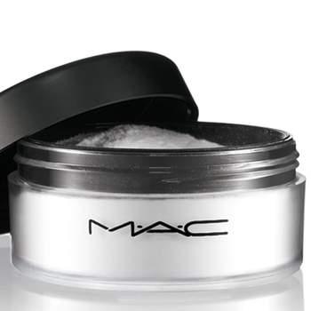Polvos Prep Prime de Mac. Fijan en maquillaje y hacen desaparecer los brillos