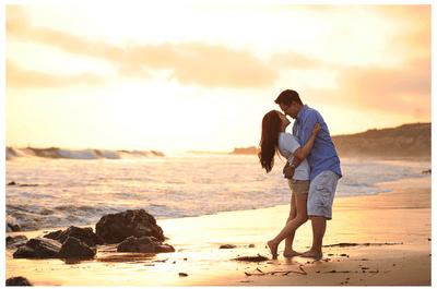 Snapshots of Love: Romantic ideas for pre-wedding photos