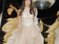 Suknie ślubne Yolan Cris 2017