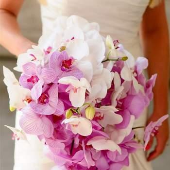 Wedding Flowers to Wear