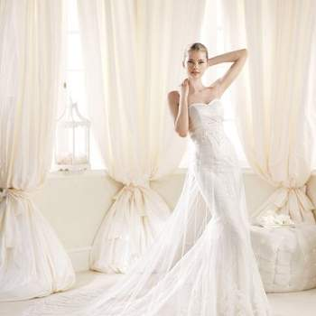 Mira esta maravillosa galería de fotos con vestidos de novia escote corazón de la Colección 2014 de La Sposa. Románticos diseños de esta reconocida firma, ideales para las muejeres más finas y soñadoras.   Foto: La Sposa