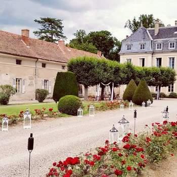 Photo : Château de Magneux - Vous êtes en quête d'un lieu de réception situé dans la Loire ? Soyez les bienvenus au Château de Magneux. Bâtie en 1707, cette propriété de famille vous reçoit dans les plus belles conditions qu'il soit.