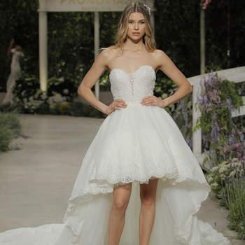 Pronovias. Credits_ Barcelona Bridal Fashion Week.