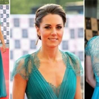 Kate Middleton con un abito turchese firmato Jenny Packham con lavorazione in pizzo sulla schiena