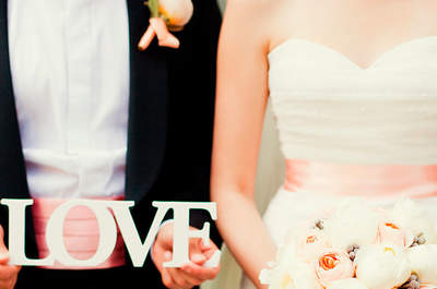 Dale un toque de color a tu vestido de novia con estos diseños sorprendentes