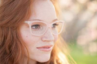 Glasses Wearer? Here are our 5 Top Tips for Your Wedding Day Makeup