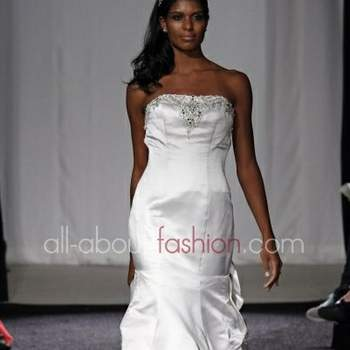 Pour 2012 une des collections les plus excentrique et ultra-féminine