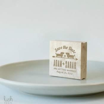 Save the Date sur bois Boutique Lush Prints sur Etsy.com