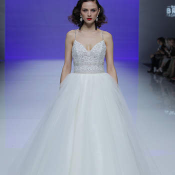 Maggie Sottero. Credits_ Barcelona Bridal Fashion Week