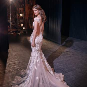 Sally. Credits: Make a Scene, Galia Lahav