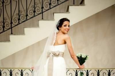 Die 4 besten Ideen, wie Sie an ein günstiges Brautkleid kommen