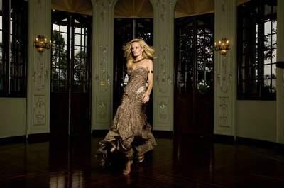 Como escolher o decote do vestido de madrinha de acordo com seu estilo e biotipo
