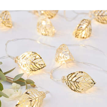 Foto: Luces hojas de oro