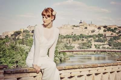 4 looks de novia sencillos y elegantes en un enclave mágico