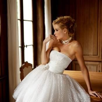 Robe de mariée Oksana Mukha 2012, modèle Lina. - Source : Oksana Mukha
