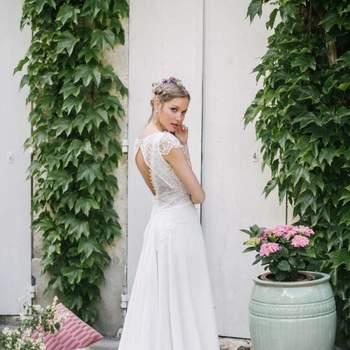 Robe de mariée intemporelle modèle Pyrite - Crédit photo: Elsa Gary