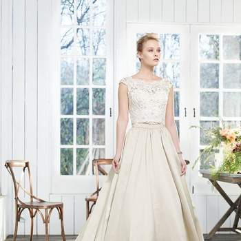 Casablanca Bridal Collection; Fall 2016: Peony 2260