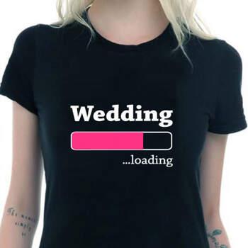 Camiseta negra mujer wedding loading- Compra en The Wedding Shop