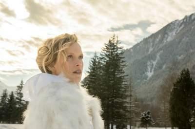 Valérie Pache, créatrice éthique de robes de mariée sur mesure tendances et chics