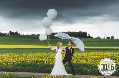 Stürmisches Wetter sorgt für geniale Hochzeitsfotos: Bei der Hochzeit von Janine & Ueli im Schlossgarten Schöftland!