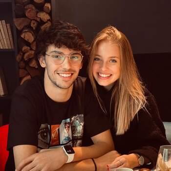 Já João Feliz diz que o Dia dos Namorados não importa e que ama a sua cara-metade todos os dias. «Fuck Feb 14th, I love you everyday», lê-se em @joaofelix79