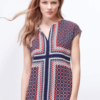 Vestido túnica da Cortefiel (29,99€)