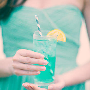 If you want to make non alcoholic drinks a little more exciting, add food colouring of your choice to some lemonade - Photo: Three nail photography