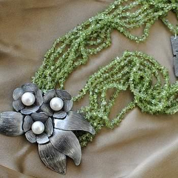 """<a title=""""RCM"""" href=""""https://www.zankyou.pt/g/joias-de-noiva-e-noivo-by-rcm"""" target=""""_blank"""">Leia a entrevista à designer de jóias Rita carvalho Marques</a>"""