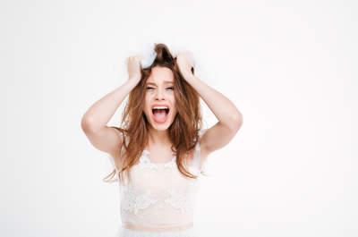 Cadute, incidenti e gaffe da matrimonio che ti faranno morire dal ridere!