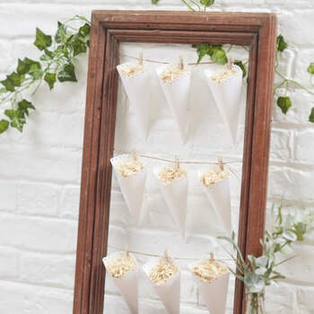 Conos de arroz blanco 10 unidades - Compra en The Wedding Shop