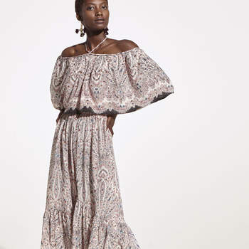 Vestido paisley com borda decorada da Oysho (29,99€)