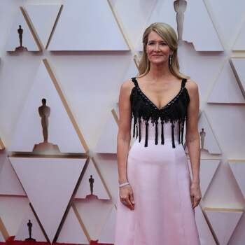 Laura Dern | Armani Privé  | Crédits: Cordon Press