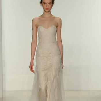 Свадебное платье с декольте в форме сердечка от Christos 2015