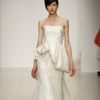 Vestido de noiva com saia peplum da colecção Amsale Primavera 2013