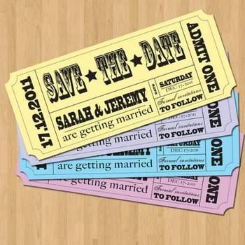 Save the Date en forme de ticket vintage Boutique Kimberly McKenzie de Gonzalez sur Etsy.com