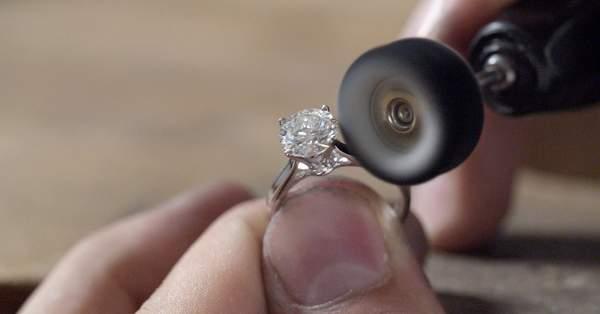 forme élégante en stock acheter en ligne Bague de fiançailles sur-mesure : un luxe au prix juste ...