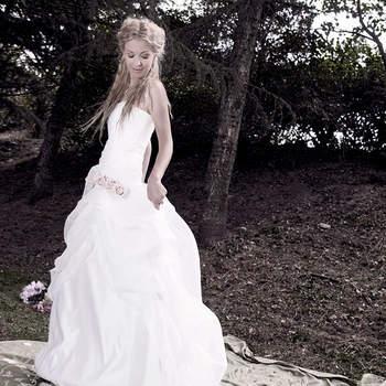 <img height='0' width='0' alt='' src='https://www.zankyou.it/f/guia-casadio-sposa-couture-3759' /> Clicca sulla foto per contattare senza impegno l'atelier</a>