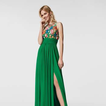 Más de 40 vestidos de fiesta largos: diseños irresistibles para ser la invitada más chic