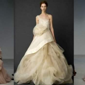 Una cascata di toulle per la sposa più romantica