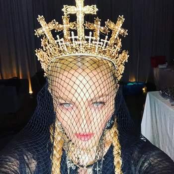 Madonna em Jean Paul Gaultier | Foto via IG @madonna
