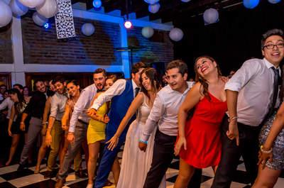 Manuela y Fabián ¡viviendo, bailando y amando bajo la lluvia!