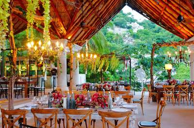 Banquetes para bodas en Acapulco. ¡Las 10 mejores empresas que le pondrán sabor a tu boda!