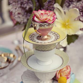 Alice au Pays des Merveilles a inspiré cette décoration de table ! Photo : Joielala