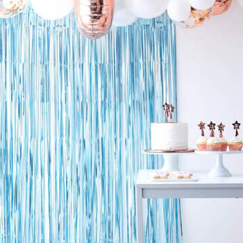 Cortina de fondo azul claro- Compra en The Wedding Shop