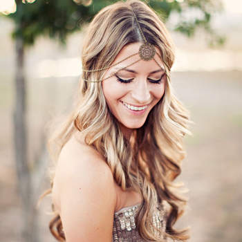 Penteado para noiva com cabelo solto   | Credits: Clayton Austin Photography