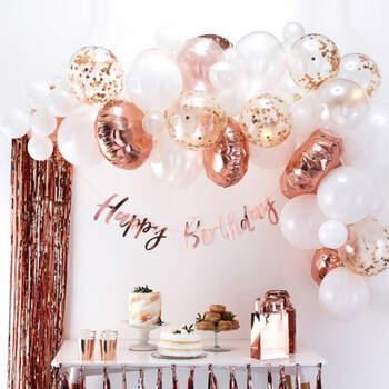 Arco de globos de oro rosa 70 unidades - Compra en The Wedding Shop