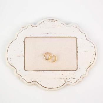 Porta anillos marco de madera- Compra en The Wedding Shop