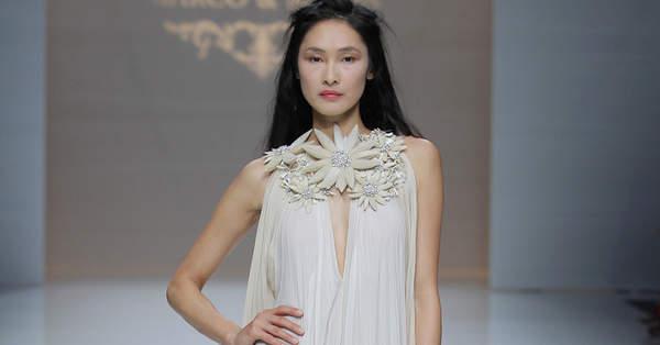 79350e3ad9 Vestidos de novia para mujeres bajitas. ¡Diseños que te dejarán  boquiabierta!
